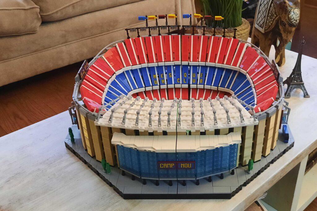 Bricks in Bits LEGO Review Barcelona Mes que un club Barça set Camp Nou (10284) Estadio Stadium Cataluña Messi PSG Juventus Manchester United Old Trafford
